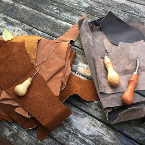 IP - Leather craft