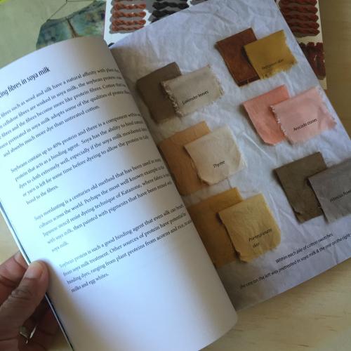 IP - Dye Books 4